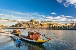 Традиционная шлюпка в реке Дуэро porto Португалия Стоковое Изображение RF