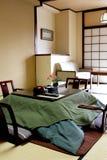 Традиционная японская спальня стоковые изображения rf