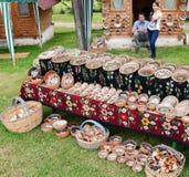 традиционное гончарни румынское Стоковые Фотографии RF