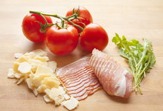 традиционное еды итальянское ингридиенты Стоковое Фото