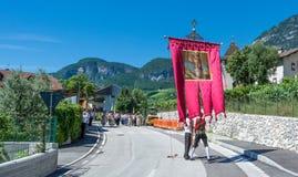 Традиционное религиозное шествие для того чтобы отпраздновать домены сборника Стоковое фото RF