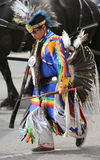 Традиционное родное платье в параде Стоковые Изображения RF