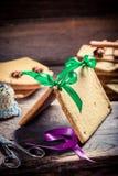 Традиционно коттедж пряника как подарок рождества Стоковые Изображения RF