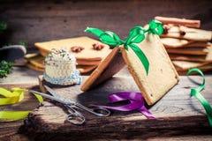 Традиционно коттедж пряника для рождества Стоковая Фотография RF