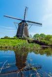 Традиционные ветрянки около Амстердама, Нидерландов Стоковое фото RF