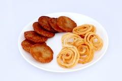 Традиционные индийские закуски Стоковая Фотография RF