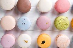 Традиционные красочные французские macarons Стоковые Изображения