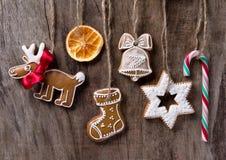 Традиционные печенья gingerbread Стоковые Фотографии RF