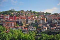 Традиционные старые дома Veliko Tarnovo стоковые изображения rf