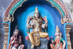Традиционные статуи индусского бога в Batu выдалбливают, Куала-Лумпур, Mal стоковое фото rf