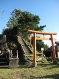 Традиционные японские стробы и лестницы сельской местности Стоковое Фото