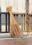 Традиционный веник attap Стоковая Фотография