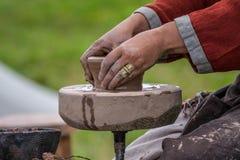 Традиционный делать гончарни стоковые фото