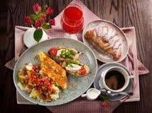 Традиционный завтрак Франции стоковое фото rf