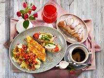 Традиционный итальянский завтрак стоковое фото