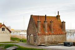 Традиционный маленький старый голландский дом кирпича Стоковая Фотография RF