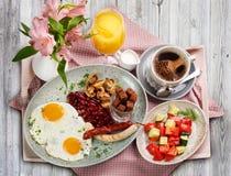 Традиционный немецкий завтрак стоковое фото rf