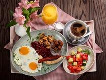Традиционный немецкий завтрак стоковое изображение rf