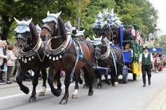 Традиционный парад костюма в Баварии Мюнхена Стоковое Изображение