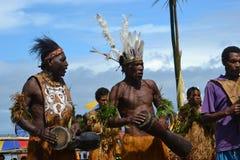 Традиционный племенной танец на фестивале маски Стоковые Изображения