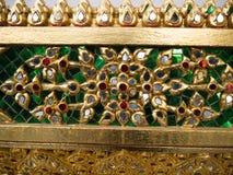 Традиционный тайский керамический цветочный узор в Wat Arun Бангкоке тайском Стоковая Фотография