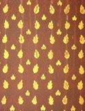 Традиционный тайский тип на стене виска Стоковое фото RF