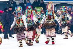 Традиционный фестиваль костюма Kukeri в Болгарии Стоковые Фотографии RF