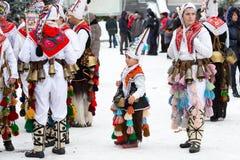 Традиционный фестиваль костюма Kukeri в Болгарии Стоковые Фото