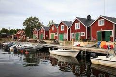Традиционный шведский рыбацкий поселок на прибалтийском побережье Стоковое Фото