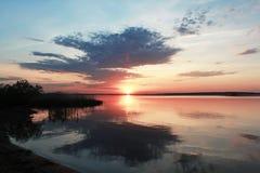 тревожный заход солнца Стоковые Фото