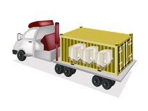 Трейлер нагружая деревянные клети в грузовом контейнере Стоковое Изображение