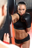 Тренер бокса тренирует его команду Стоковые Изображения RF