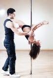 тренер полюса танцульки Стоковая Фотография RF