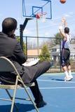 тренер по баскетболу Стоковые Изображения RF