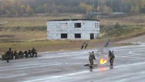 Тренировка бойцов внутренних войск видеоматериал
