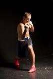 Тренировка боксера в кольце Стоковые Фото