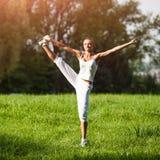 Тренировка женщины спорта Стоковые Изображения RF