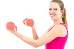 Тренировка женщины фитнеса с гантелями Стоковое Изображение RF