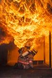 Тренировка пожаротушения стоковые изображения