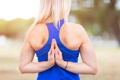 Тренировка спорта молодой женщины Стоковое Изображение