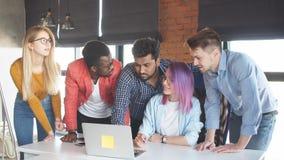 Тренируйте встречу тренера практикуя для менеджеров высшего звена большой компании акции видеоматериалы
