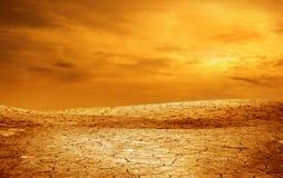 треснутая высушенная почва Стоковая Фотография