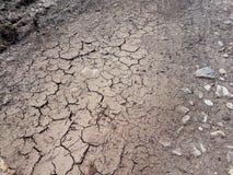 Треснутая земля, путь, сухая почва изображения экологичности принципиальной схемы еще многие мое портфолио Треснутые текстура и п Стоковое Изображение RF