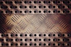 Треснутая металлическая пластина Стоковое Изображение