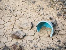 Треснутая почва от засухи Стоковая Фотография