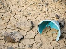 Треснутая почва от засухи Стоковое Фото