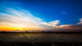 треснутая почва Стоковое Изображение