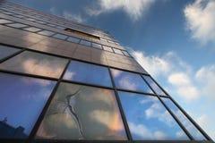 Треснутое окно Стоковые Изображения RF