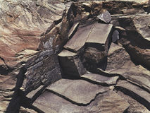 Треснутый каменный утес в стиле grunge Стоковые Фотографии RF