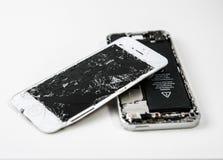 Треснутый экран телефона стоковые изображения rf